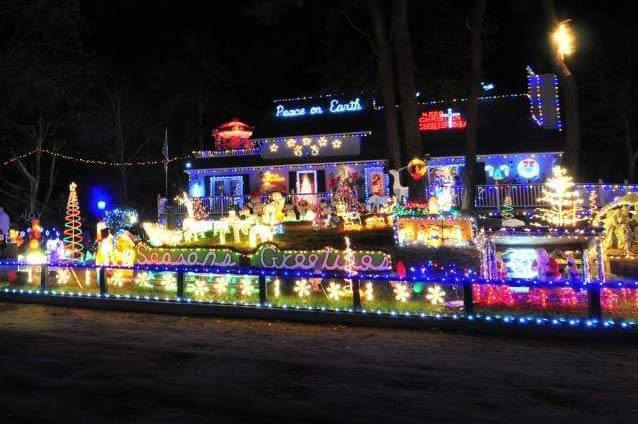 house-christmas-lights-outer-banks