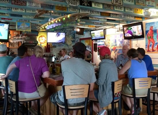 Tortugas' Lie Nags Head Bar
