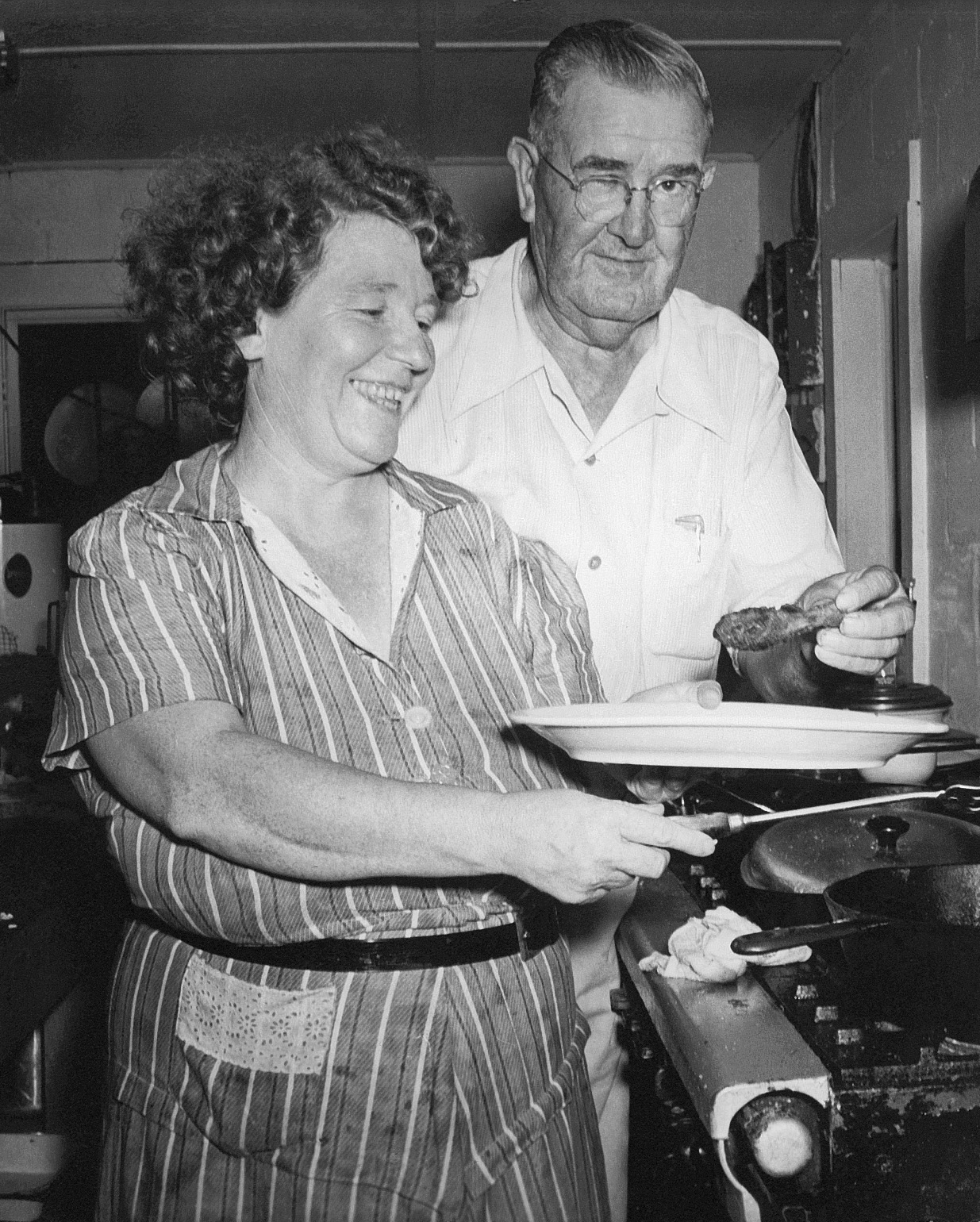 Clara and Bob Owens moved their restaurant from Roanoke Island to Nags Head in the 1940s.